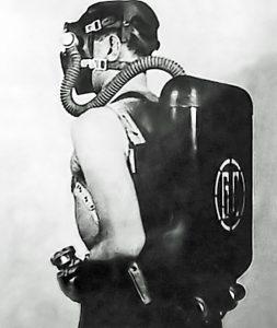 Commeinhes GC-42 Underwater breathing apparatus
