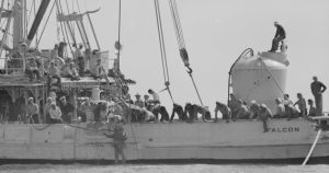 Rescue and salvage of the Squalus submarine in 1939